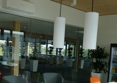In der Mina-Rees-Straße in Darmstadt klimatisierte Klima-Bau Volk ein mehrstöckiges Bürogebäude.